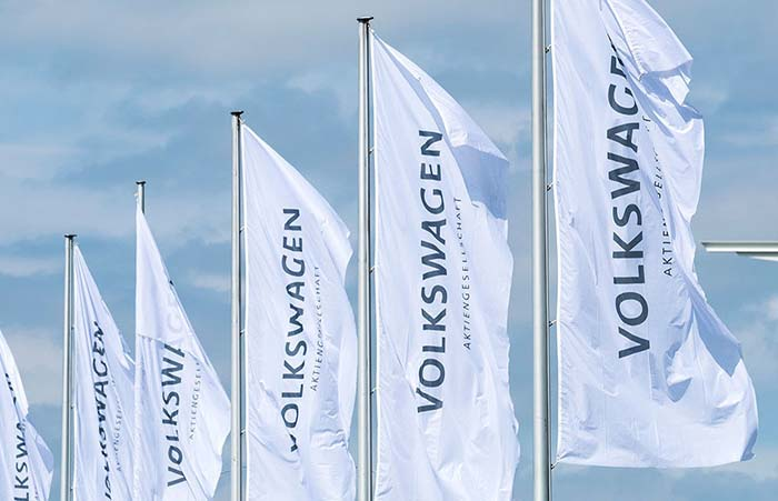 E-offensive gains traction: Volkswagen Group significantly reduces CO2 fleet average in the EU
