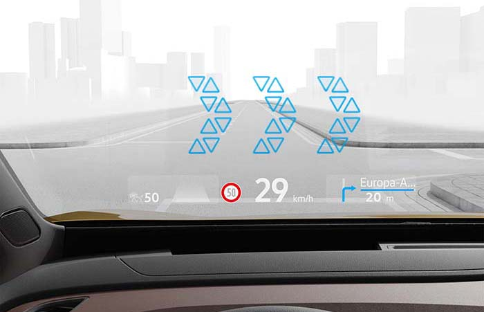 From the luxury class to the compact segment: the augmented reality head-up display